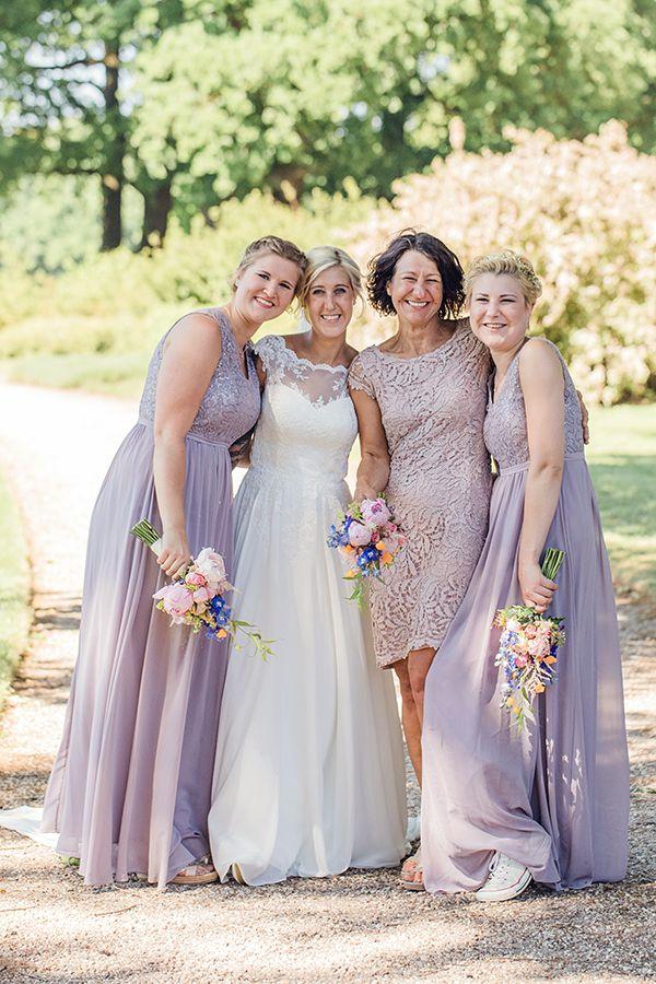 hochzeit_portrait_kasteel_de_schaffelaar_bridesmaids