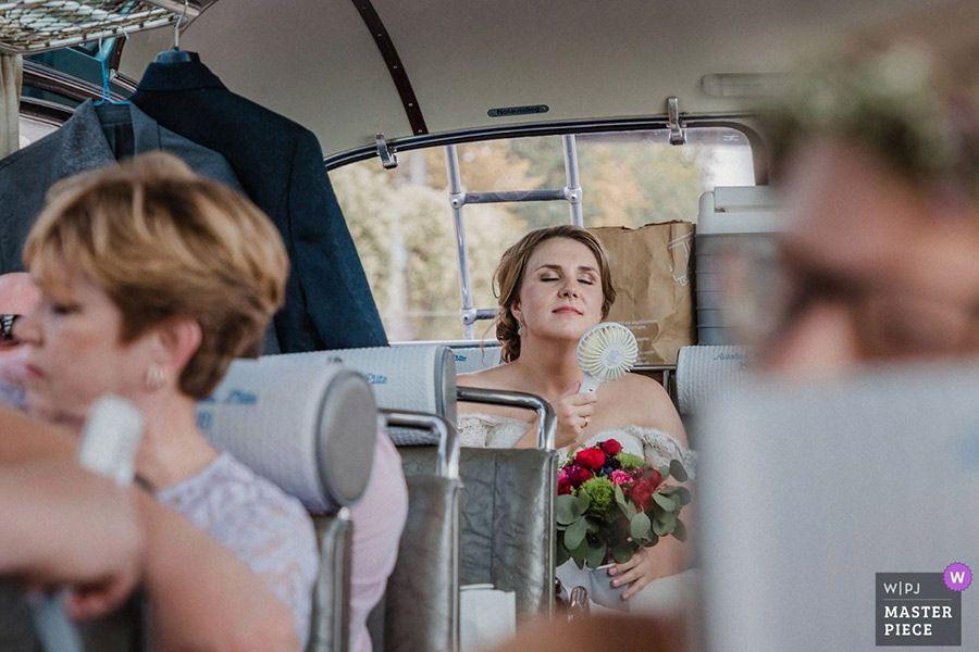 Hochzeitsfotograf_lumoid_Photo_Nadine_Lotze_Hochzeit_Nordkirchen_Zollverein_Oldtimerbus_Award_WPJA